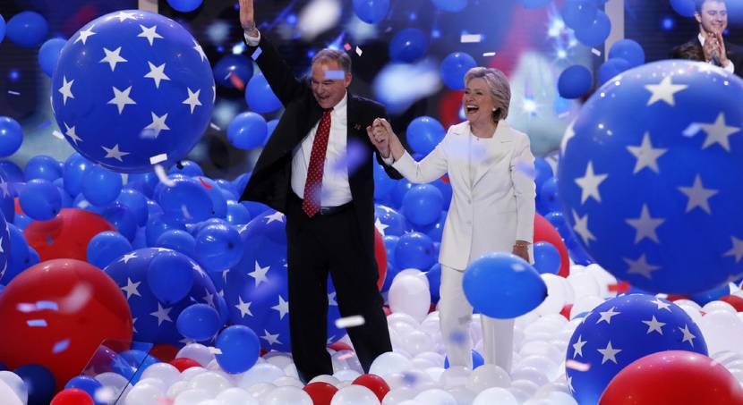 Accepting the Democratic bid on convention\'s final day, Clinton promises to heal divisions