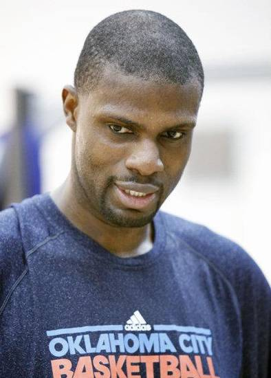 Nazr Mohammed speaks to reporters during the Thunder's after practice media event at the Thunder practice facility in Oklahoma City, OK, Friday, May 20, 2011. By Paul Hellstern, The Oklahoman ORG XMIT: KOD <strong>PAUL HELLSTERN</strong>
