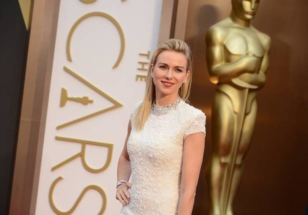 Naomi Watts is a presenter at tonight's Oscars. (AP)