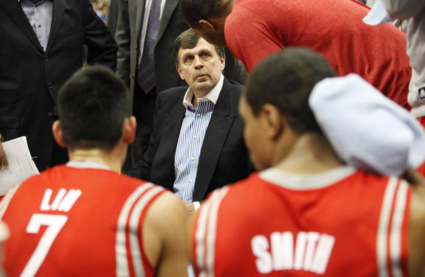 Houston Rockets head coach Kevin McHale talks with his team during a time out against the Minnesota Timberwolves in the second half of an NBA basketball game on Saturday, Jan. 19, 2013, in Minneapolis. The Timberwolves won 92-79. (AP Photo/Stacy Bengs)