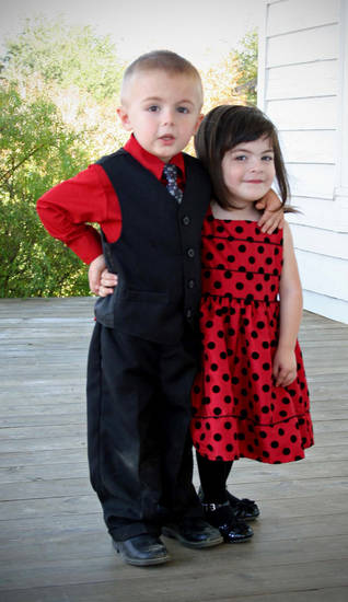 Jonathon Storment and Tina Sawtelle�s twins, Jaxon Cash, left, and Jemma Chelle, 2, in 2012