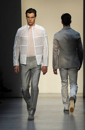 Models wear creations part of the Calvin Klein Spring/Summer 2009/2010 men's collection presented in Milan, Italy, Monday, June 22, 2009. (AP Photo/Giuseppe Aresu) ORG XMIT: ROM105