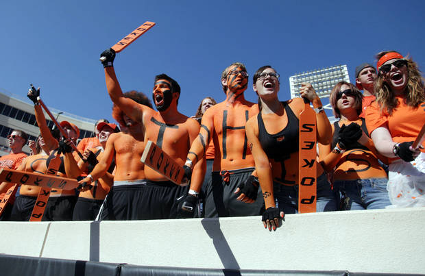 Oklahoma State University fans cheer before the start of their college football game against Baylor Oct. 29, 2011. MIKE SIMONS/Tulsa World <strong>Mike Simons</strong>
