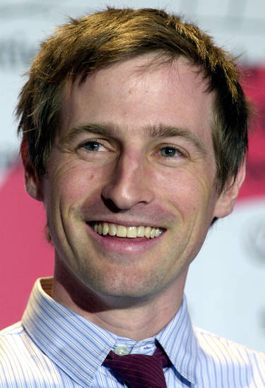 American director Spike Jonze smiles during a press conference at the 53rd Berlinale Film Festival in Berlin, Germany Saturday, Feb. 8, 2003. He presened his film &quot;Adaptation&quot; with Nicolas Cage. 22 movies take part in the competition for the Golden Bears awards until Feb. 16. (AP Photo/Sven Kaestner)