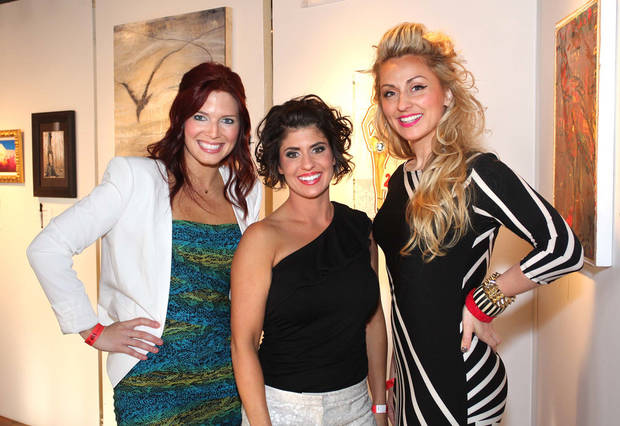 Jennifer Fritsch, Kellie Clements, Lexi Windson. PHOTO BY DAVID FAYTINGER, FOR THE OKLAHOMA <strong></strong>