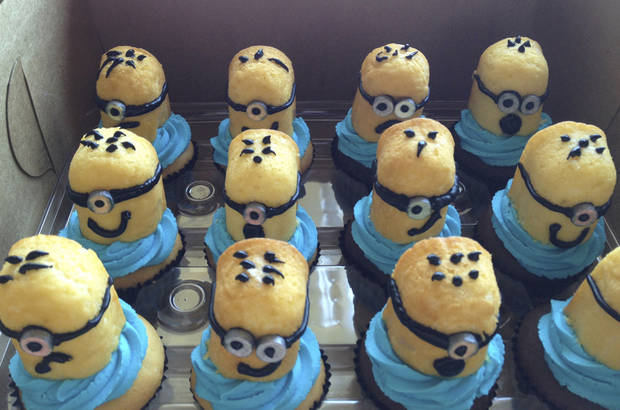 Minion cupcakes (from the movie Despicable Me 2) made by The Cupcake Lounge in Moore. <strong>JENNIFER PALMER - THE OKLAHOMAN</strong>