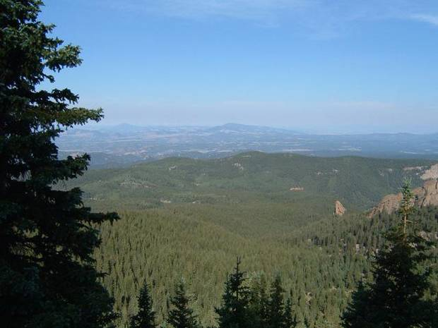 The trail from the Crags Campground to the summit of Pikes Peak provides stunning vistas of the Continental Divide to the west. Photo by Larry Floyd  
