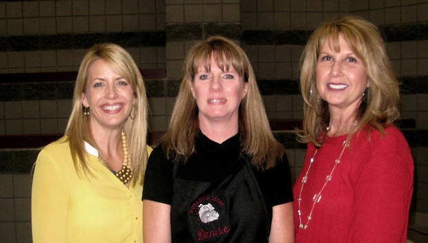 Kara Locke, Denise Ebersbach, Merlene Feigel. STAFF PHOTO BY LILLIE-BETH BRINKMAN, THE OKLAHOMAN   <strong></strong>