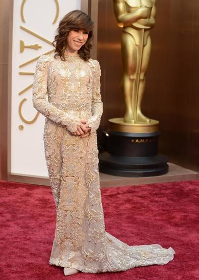 Sally Hawkins looks like a golden girl on the Oscars red carpet. (AP)