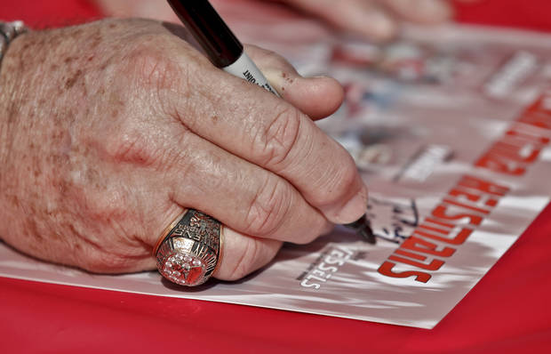 OU / UNIVERSITY OF OKLAHOMA / COLLEGE FOOTBALL: Oklahoma Heisman Trophy winner Steve Owens wears his Heisman ring as he signs autographs during the Bevo Bash on Friday, Oct. 12, 2012, in Marietta, Okla. Photo by Chris Landsberger, The Oklahoman