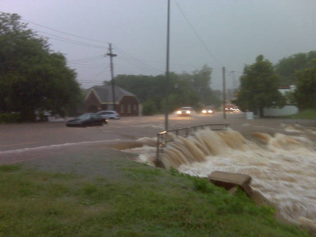 NW 36 between Shartel and Western Avenues - Photo by Robert Medley