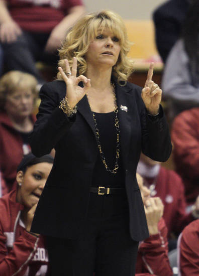 Oklahoma head coach Sherri Coale instructs her team during the first half of a second-round game in the women's NCAA college basketball tournament Monday, March 25, 2013, in Columbus, Ohio. Oklahoma beat UCLA 85-72. (AP Photo/Jay LaPrete) ORG XMIT: OHJL112