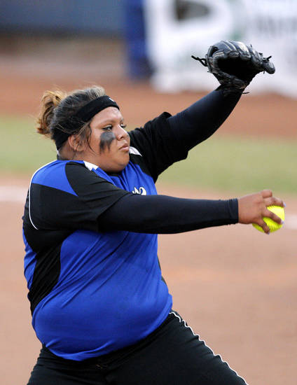 CLASS 3A HIGH SCHOOL SOFTBALL / STATE TOURNAMENT: Andee Frazier pitches during the 3A state championship softball game between Morris and LIttle Axe at Hall of Fame Stadium, Tuesday, Oct. 11, 2011. Photo by Sarah Phipps, The Oklahoman ORG XMIT: KOD