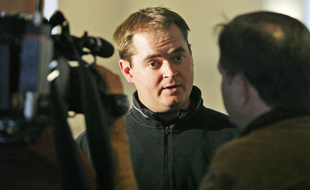 Former Sooner and current OU quarterback coach Josh Heupel and his father, Ken, will host a football camp in Oklahoma City in June. Photo by Chris Landsberger, The Oklahoman