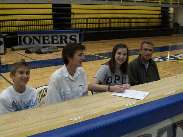Emma Gade of Stillwater signs with Oral Roberts to play basketball.