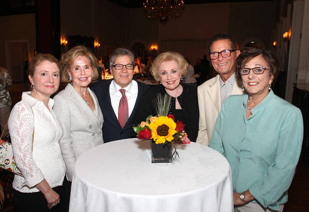 Rebel Robertson, Lu Beard, Ron White, Ann Alspaugh, Jim Vallion, Pam Shdeed had fun at the party. (Photo by David Faytinger).