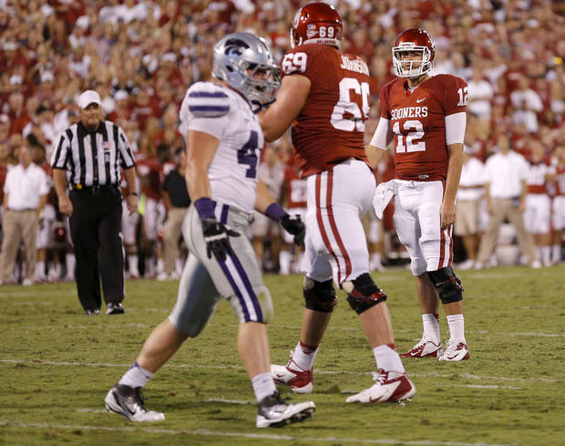 Oklahoma&#039;s Landry Jones (12) reacts after missing the two-point conversion during a college football game between the University of Oklahoma Sooners (OU) and the Kansas State University Wildcats (KSU) at Gaylord Family-Oklahoma Memorial Stadium, Saturday, September 22, 2012. Oklahoma lost 24-19. Photo by Bryan Terry, The Oklahoman