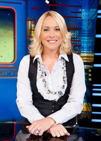 ESPN basketball analyst Doris Burke <strong>Joe Faraoni - ESPN</strong>