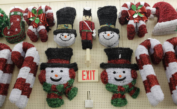 Holiday items on display at the Hobby Lobby in Edmond. <strong>DOUG HOKE - THE OKLAHOMAN</strong>