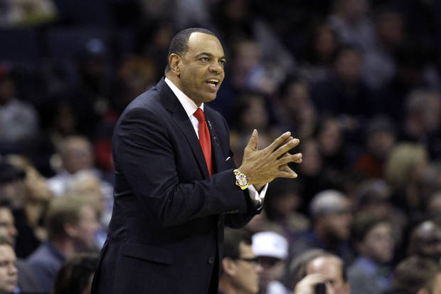 Memphis Grizzlies coach Lionel Hollins watches the first half of an NBA basketball game against the Washington Wizards in Memphis, Tenn., Friday, Feb. 1, 2013. (AP Photo/Danny Johnston) ORG XMIT: TNDJ108