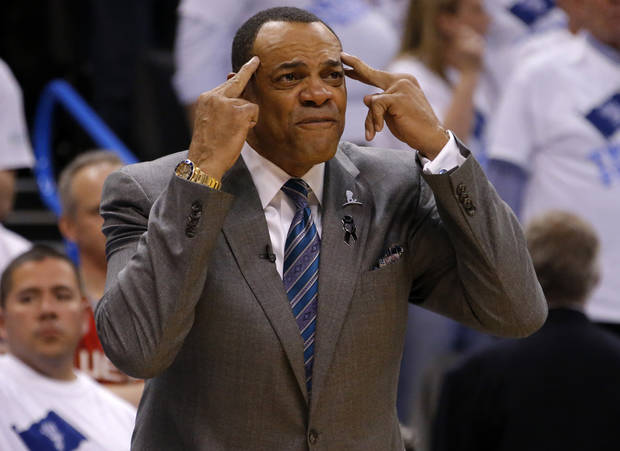 Memphis coach Lionel Hollins reacts during Game 5 in the second round of the NBA playoffs between the Oklahoma City Thunder and the Memphis Grizzlies at Chesapeake Energy Arena in Oklahoma City, Wednesday, May 15, 2013. Memphis won 88-84.  Photo by Bryan Terry, The Oklahoman