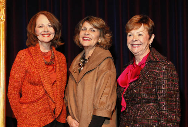Kaye Adams, Linda Barnett, Carolyn Howell. PHOTO BY PAUL SOUTHERLAND, THE OKLAHOMAN <strong>PAUL B. SOUTHERLAND - PAUL B. SOUTHERLAND</strong>