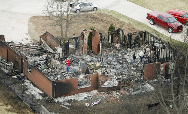 Fire destroyed a number of homes in this neighborhood in Midwest City, OK, Friday, April 10, 2009. Photo by Paul Hellstern, The Oklahoman