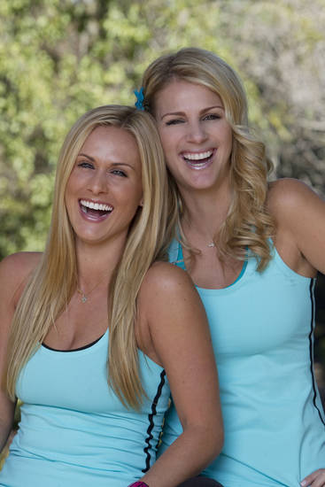 Caroline Cutbirth, left, and Jennifer Kuhle of the country band Stealing Angels are competing in �The Amazing Race,� which debuts at 7 p.m. Sunday. CBS photo
