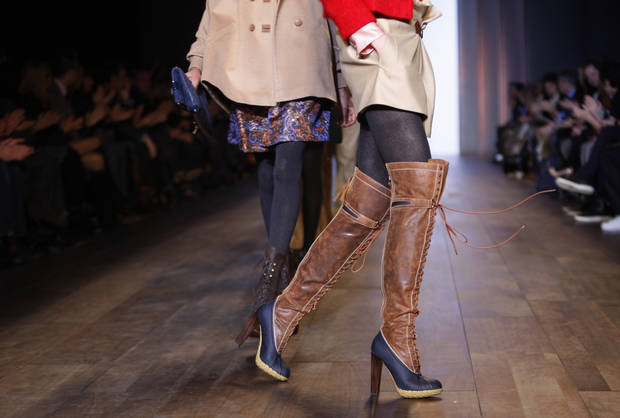 The Tommy Hilfiger fall 2010 collection is modeled Thursday, Feb. 18, 2010, during Fashion Week in New York.  (AP Photo/Seth Wenig) ORG XMIT: NYSW120