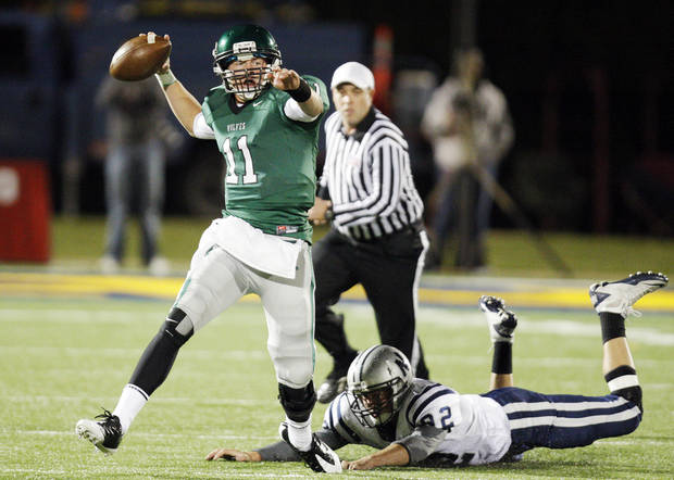 Edmond Santa Fe sophomore quarterback Justice Hansen will attend the Red-White game in Norman on Saturday. PHOTO BY NATE BILLINGS, THE OKLAHOMAN