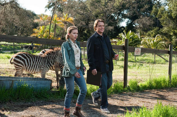 "In this film image released by 20th Century Fox, Scarlett Johansson, left, and Matt Damon is shown in a scene from ""We Bought a Zoo."" (AP Photo/20th Century Fox, Neal Preston) ORG XMIT: NYET371"