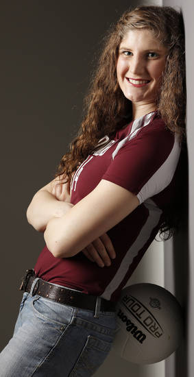 McKenna Qualls, Edmond Memorial, the All-City Volleyball Player of the Year, Tuesday, November 20, 2012. Photo by Doug Hoke, The Oklahoman
