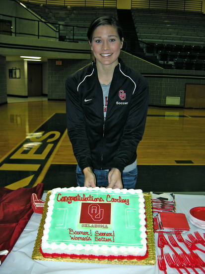 Carley Yates, from Edmond North, signed a letter of intent Wednesday to play soccer at OU. PHOTO PROVIDED