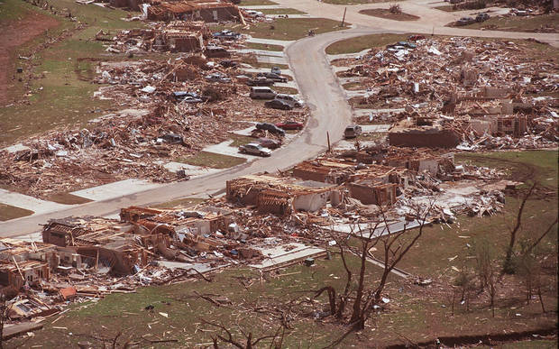 MAY 3, 1999 TORNADO: Tornado damage, aerial view: One of the neighborhoods leveled in NW Moore.