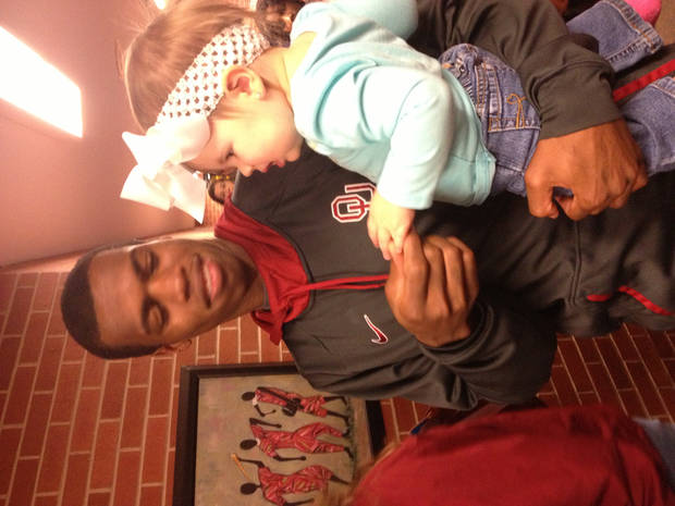 Buddy Hield and a little Sooner fan named Kayleigh