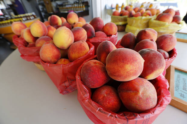 Peaches on display a Peach Tree Farms in Stratford. Photo By Steve Gooch, The Oklahoman <strong>Steve Gooch - The Oklahoman</strong>