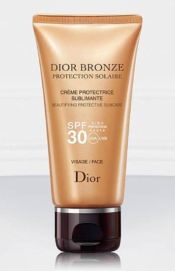 A few chic ways to accessorize this Fourth of July include Dior Bronze Beautifying Protective Suncare Face SPF 30. (Courtesy Dior via Los Angeles/MCT)