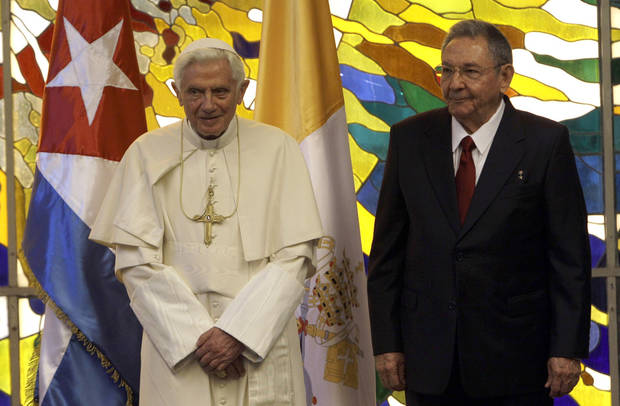 Cuba's President Raul Castro, right, and Pope Benedict XVI attend a meeting in Havana, Cuba, Tuesday, March 27, 2012. The meeting took place behind closed doors on the pontiff's second day on the island. (AP Photo/Ismael Francisco, Cubadebate) ORG XMIT: XDJ101