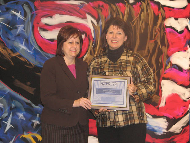 Rose State College scholarship winner Brenda Johnson (right) pictured with OACC President Dr. Donna Chambers.<br/><b>Community Photo By:</b> Steve Reeves<br/><b>Submitted By:</b> Donna, Choctaw
