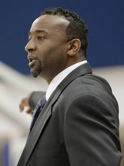 Northeast coach Londaryl Perry's first coaching job was at Putnam City West under Mike Nunley. PHOTO BY DOUG HOKE, THE OKLAHOMAN