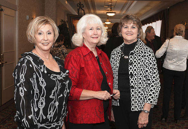 Carolyn Roberts, Carol Walker, Beth Cupp.