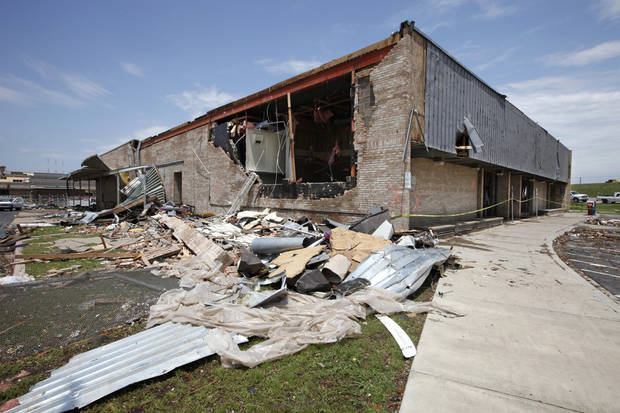 Moore Post Office destroyed in the May 20th tornado, Thursday, May 23, 2013.  Photo by David McDaniel, The Oklahoman