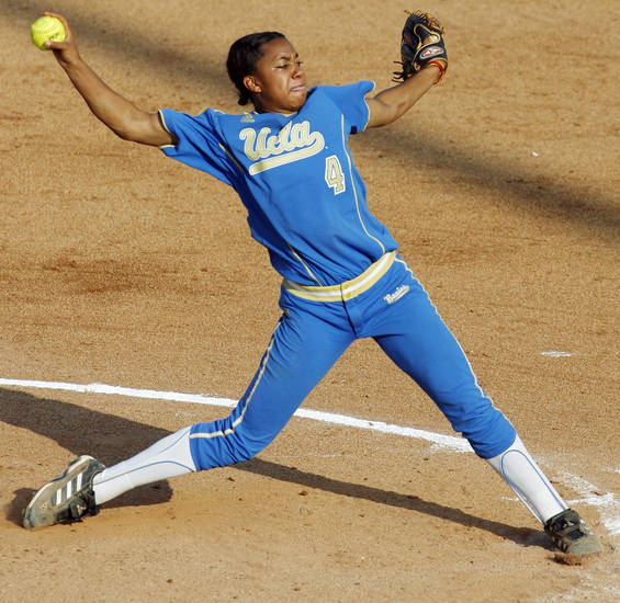 Anjelica Selden (4) pitches for UCLA during the softball game in the Women's College World Series between UCLA and Florida at ASA Hall of Fame Stadium in Oklahoma City, Saturday, May 31, 2008. Florida won. 2-0. BY NATE BILLINGS, THE OKLAHOMAN