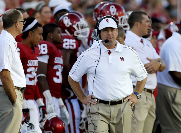 Oklahoma coach Bob Stoops paces the sidelines during the college football game between the University of Oklahoma Sooners (OU) and Florida A&M Rattlers at Gaylord Family�Oklahoma Memorial Stadium in Norman, Okla., Saturday, Sept. 8, 2012. Photo by Bryan Terry, The Oklahoman