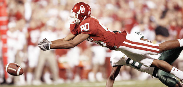 "OU receiver Adron Tennell's nickname is ""Pooh."" PHOTO BY STEVE SISNEY, THE OKLAHOMAN ARCHIVE"