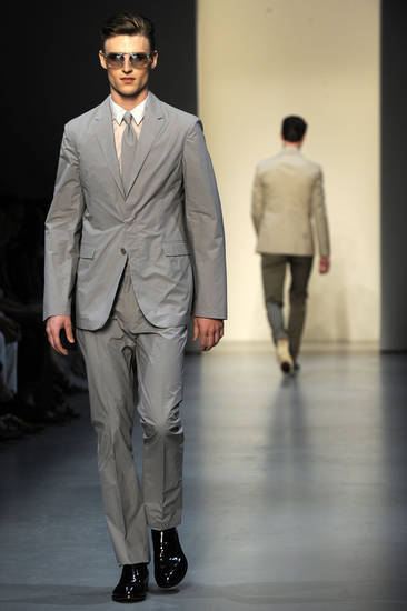 A model wears a creation part of the Calvin Klein Spring/Summer 2009/2010 men's collection presented in Milan, Italy, Monday, June 22, 2009. (AP Photo/Giuseppe Aresu) ORG XMIT: ROM106