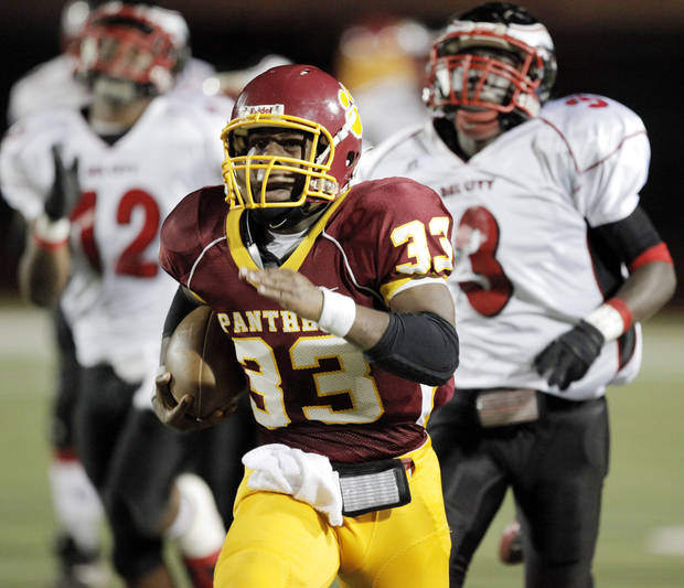 PC North RB Dre Holman rushed for nearly 942 yards in eight games as a sophomore last season.