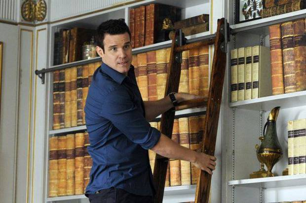 "WAREHOUSE 13 -- Episode 411 ""The Living and the Dead"" -- Pictured: Eddie McClintock as Pete Lattimer -- (Photo By: Steve Wilkie/SyFy)"