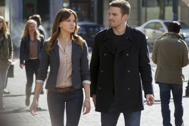"""Pilot"" -- Pictured (L-R): Katie Cassidy as Laurel and Stephen Amell as Oliver Queen in ARROW on The CW. Photo: Jack Rowand/The CW ©2012 The CW Network. All Rights Reserved."