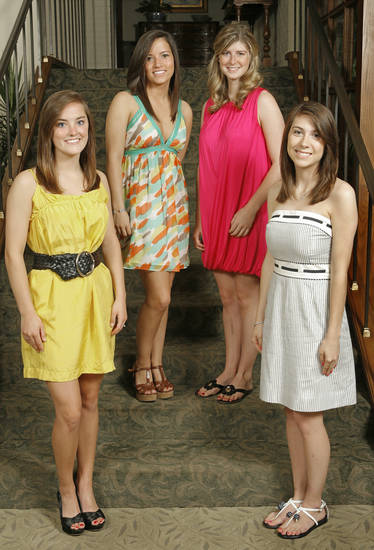 Debs at the Country Club, Tuesday, May 19, 2009.  Megan Swisher, Blair Bookman, Callie Gordon and Mary Anne Morgan.  Photo By David McDaniel, The Oklahoman.